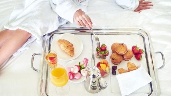 Room Service of Hotel Edison Newyork